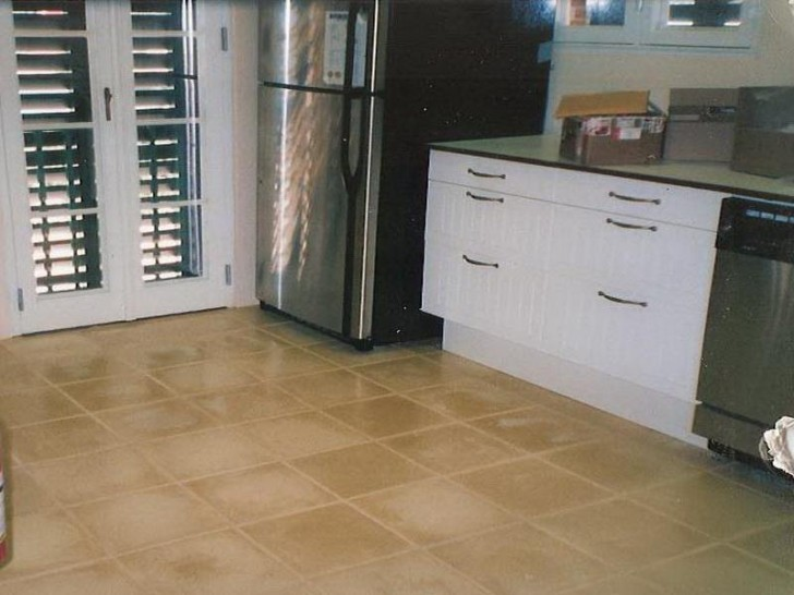 Tiling Kitchen Floor (6)
