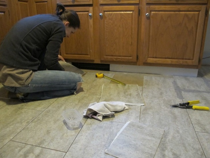 Tiling Kitchen Floor (8)