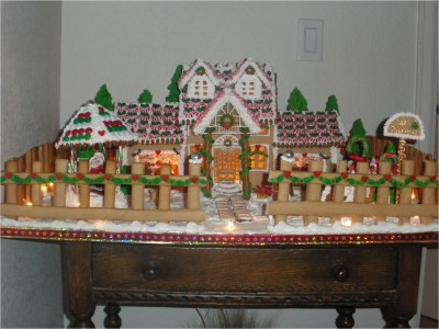 Gingerbread Decorations Ideas (25)