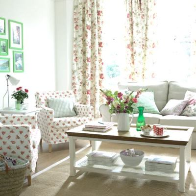 Classic Country Living Room (2)
