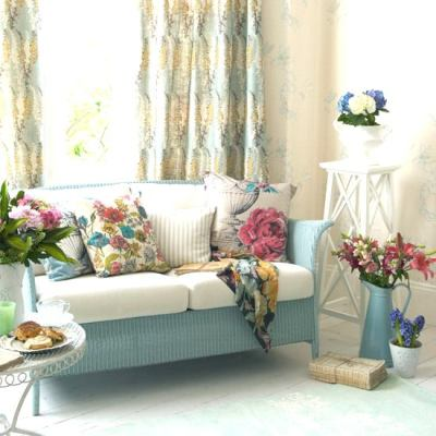 Classic Country Living Room (1)