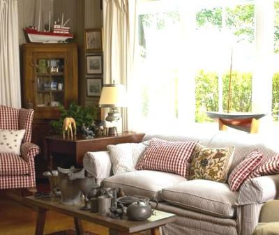Classic Country Living Room (15)