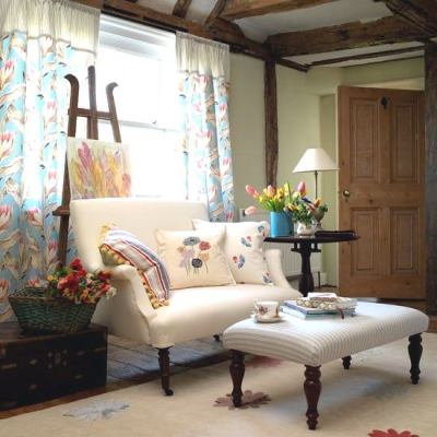 Classic Country Living Room (8)